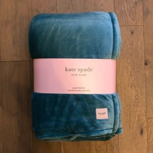 KATE SPADE ♠️ TEAL QUEEN SIZE BLANKET